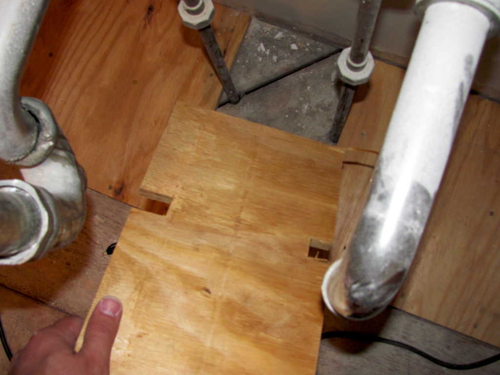 Superbe Kitchen Subfloor Pipes